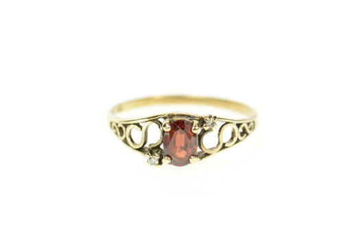 10K Oval Garnet Diamond Simple Classic Yellow Gold Ring, Size 6.75