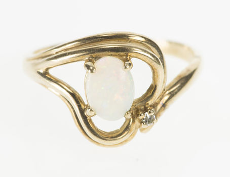 10K Oval Natural Opal Diamond Accent Wavy Heart Yellow Gold Ring, Size 8.25
