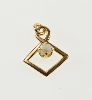 10K Pearl Prong Inset Kite Twist Yellow Gold Pendant