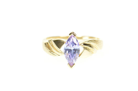 10K Purple Cubic Zirconia Solitaire Wavy Grooved Yellow Gold Ring, Size 7
