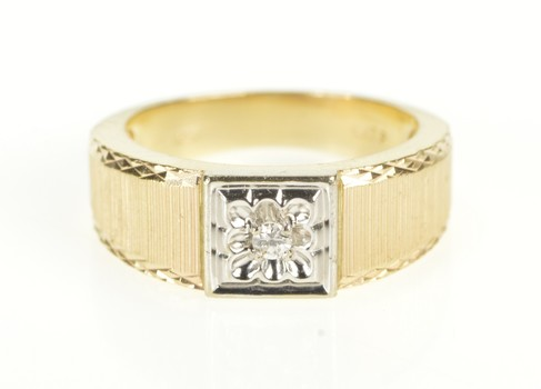 10K Retro Diamond Grooved Pattern Square Band Yellow Gold Ring, Size 7.75