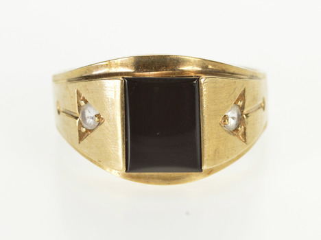 10K Retro Men's Black Onyx CZ Accent Arrow Yellow Gold Ring, Size 11.75