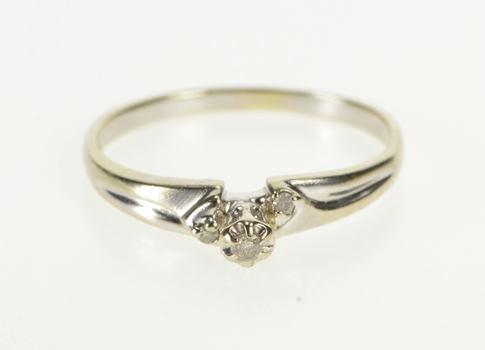 10K Retro Three Stone Diamond Promise White Gold Ring, Size 8.5