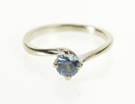 10K Round Blue Topaz Solitaire Engagement Bypass White Gold Ring, Size 5.75