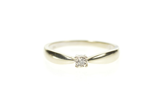 10K Round Diamond Solitaire Classic Promise White Gold Ring, Size 6.75