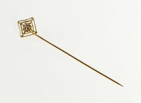 10K Victorian Diamond Inset Square Gypsy Fashion Yellow Gold Stick Pin