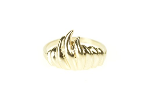 10K Wavy Scalloped Abstract Flame Statement Band Yellow Gold Ring, Size 7.5