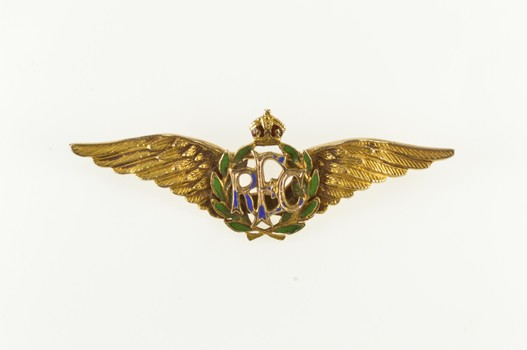 10K WWI Royal Flying Corps Enamel British War Yellow Gold Pin/Brooch