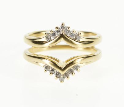 14K 0.30 Ctw Diamond Inset Chevron Wedding Band Yellow Gold Ring, Size 6.5