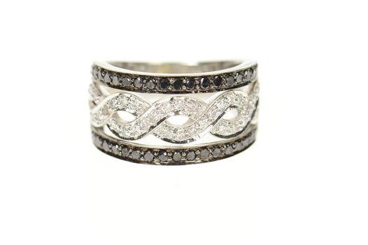 14K 0.83 Ctw Black & White Diamond Twist Band White Gold Ring, Size 6.75