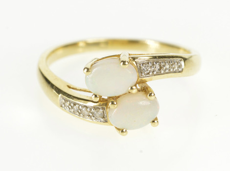 14K 1.00 Ctw Oval Natural Opal Diamond Accent Yellow Gold Ring, Size 10.25