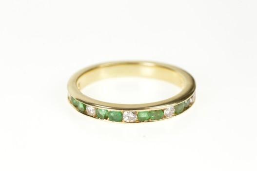 14K 1.08 Ctw Emerald Diamond Classic Wedding Band Yellow Gold Ring, Size 7.75