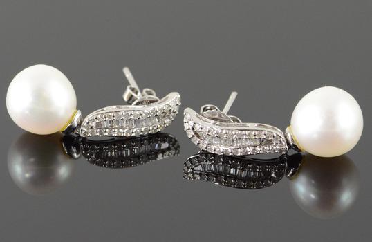 14K 10mm White Pearl 0.50 CTW Diamond Dangle White Gold EarRings