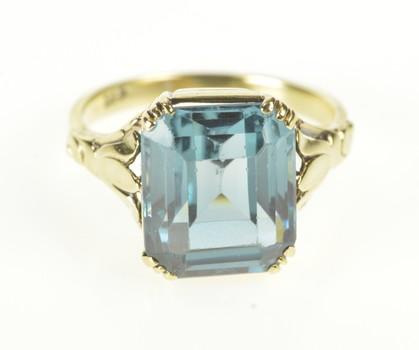 14K 1930's Sim. Blue Topaz Fleur De Lis Cocktail Yellow Gold Ring, Size 6.5
