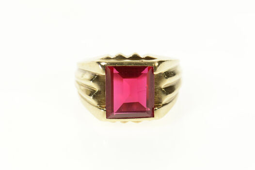 14K 1940's Ornate Men's Syn. Ruby Squared Yellow Gold Ring, Size 9