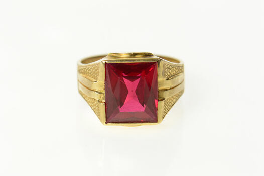14K Classic 1940's Syn. Ruby Squared Men's Yellow Gold Ring, Size 9.75