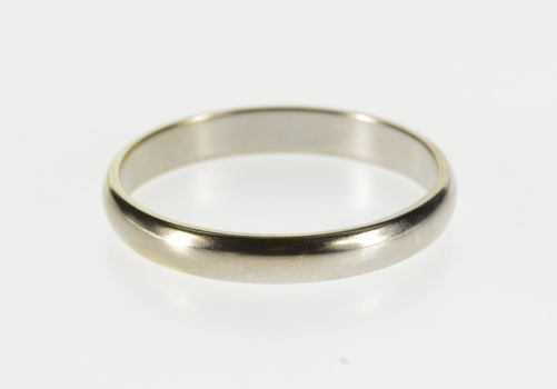 14K Classic Simple Design Rounded Wedding Band White Gold Ring, Size 6.75
