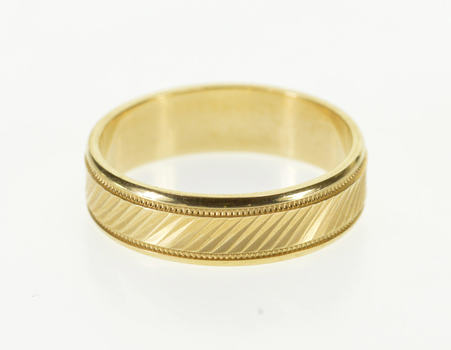 14K Diagonal Grooved Pattern Wedding Band Yellow Gold Ring, Size 5.75