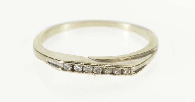 14K Diamond Channel Inset Squared Wedding Band White Gold Ring, Size 6.25