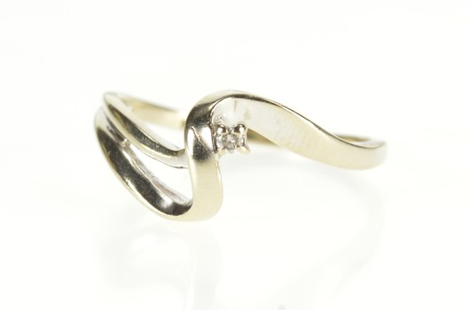 14K Diamond Solitaire Wave Curvy Bypass Promise White Gold Ring, Size 6.5