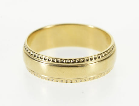 14K Dot Trim Rounded Classic Wedding Band Yellow Gold Ring, Size 9.5
