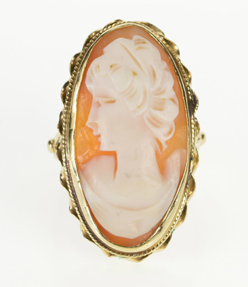 14K Oval Ornate Carved Shell Cameo Fashion Yellow Gold Ring, Size 9