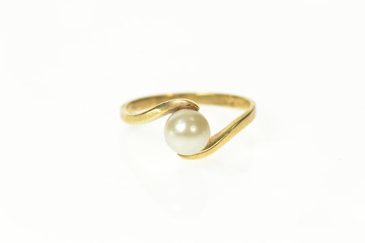 14K Pearl Classic Simple Bypass Statement Yellow Gold Ring, Size 5.25