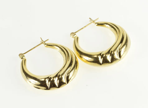 14K Puffy Scalloped Wave Design Rounded Hoop Yellow Gold Earrings