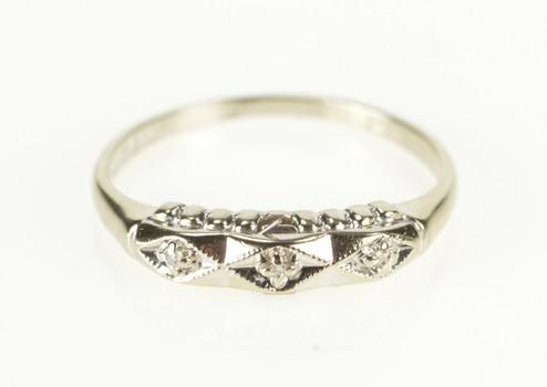 14K Retro Diamond Three Stone Wedding Band White Gold Ring, Size 6.25