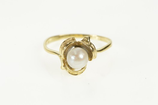 14K Retro Pearl Inset Classic Statement Yellow Gold Ring, Size 7