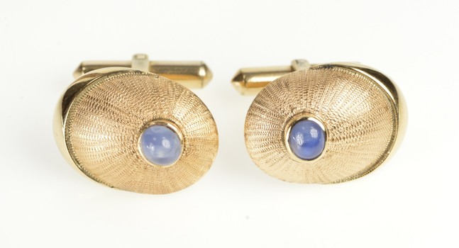 14K Retro Sapphire Ornate Oval Burst Design Yellow Gold Cuff Links