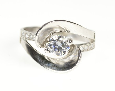 14K Round Cubic Zirconia Swirl Travel Engagement White Gold Ring, Size 7.5