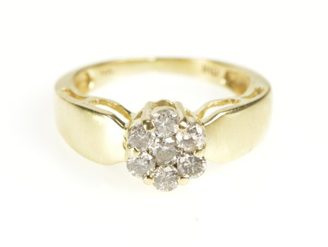 14K Round Diamond Floral Cluster Fashion Yellow Gold Ring, Size 5.25