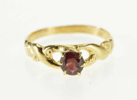 14K Round Garnet Ornate Scroll Twist Swirl Design Yellow Gold Ring, Size 5.5