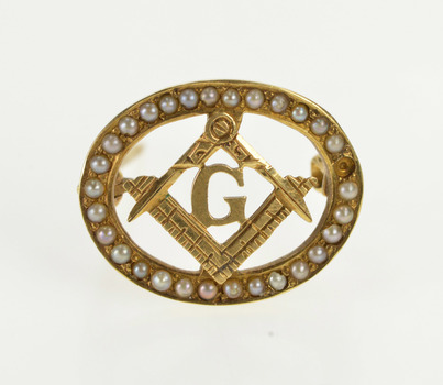 14K Seed Pearl Trim Masonic Compass Square Oval Yellow Gold Pin/Brooch