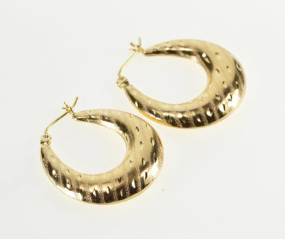 14K Striped Design Rounded Pattern Oval Hoop Yellow Gold Earrings