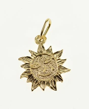 14K Stylized Textured Sun Face Celestial Yellow Gold Charm/Pendant