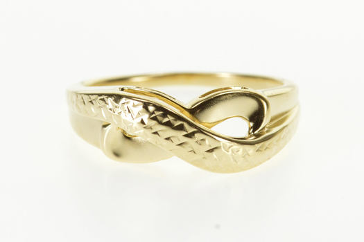 14K Textured Raised Design X Criss Cross Band Yellow Gold Ring, Size 7