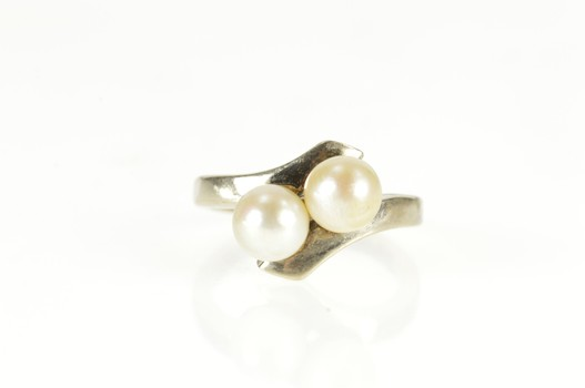 14K Two Pearl Retro Bypass Statement White Gold Ring, Size 5.5