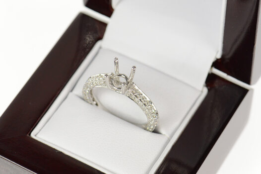 18K 0.76 Ctw 6.0mm Engagement Setting Mount White Gold Ring, Size 7.25