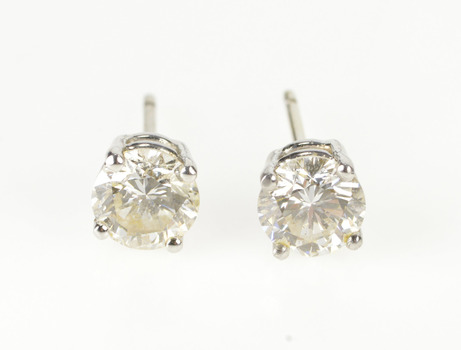18K 1.50 Ctw Diamond Solitaire Classic Stud White Gold Earrings