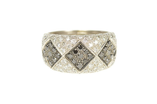 18K 1.72 Ctw Black & White Diamond Pave Band White Gold Ring, Size 6