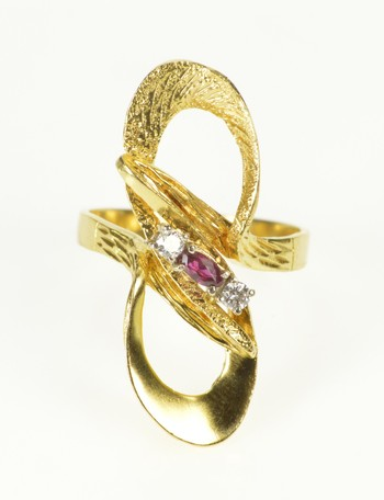18K 1950's Ruby Diamond Infinity Loop Statement Yellow Gold Ring, Size 8.75