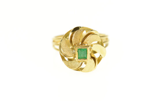 18K 1960's Ornate Emerald Retro Swirl Cocktail Yellow Gold Ring, Size 6.25