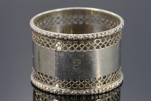 Silver W&G British Floral Motif Trim Napkin Ring