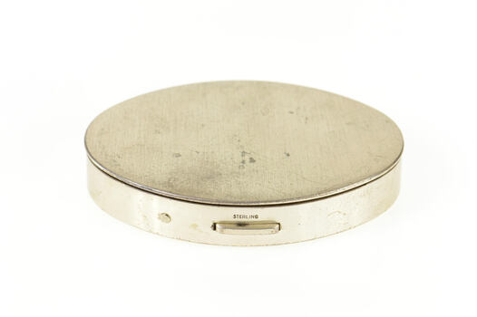 Sterling Silver Oval Simple Retro Makeup Compact Box