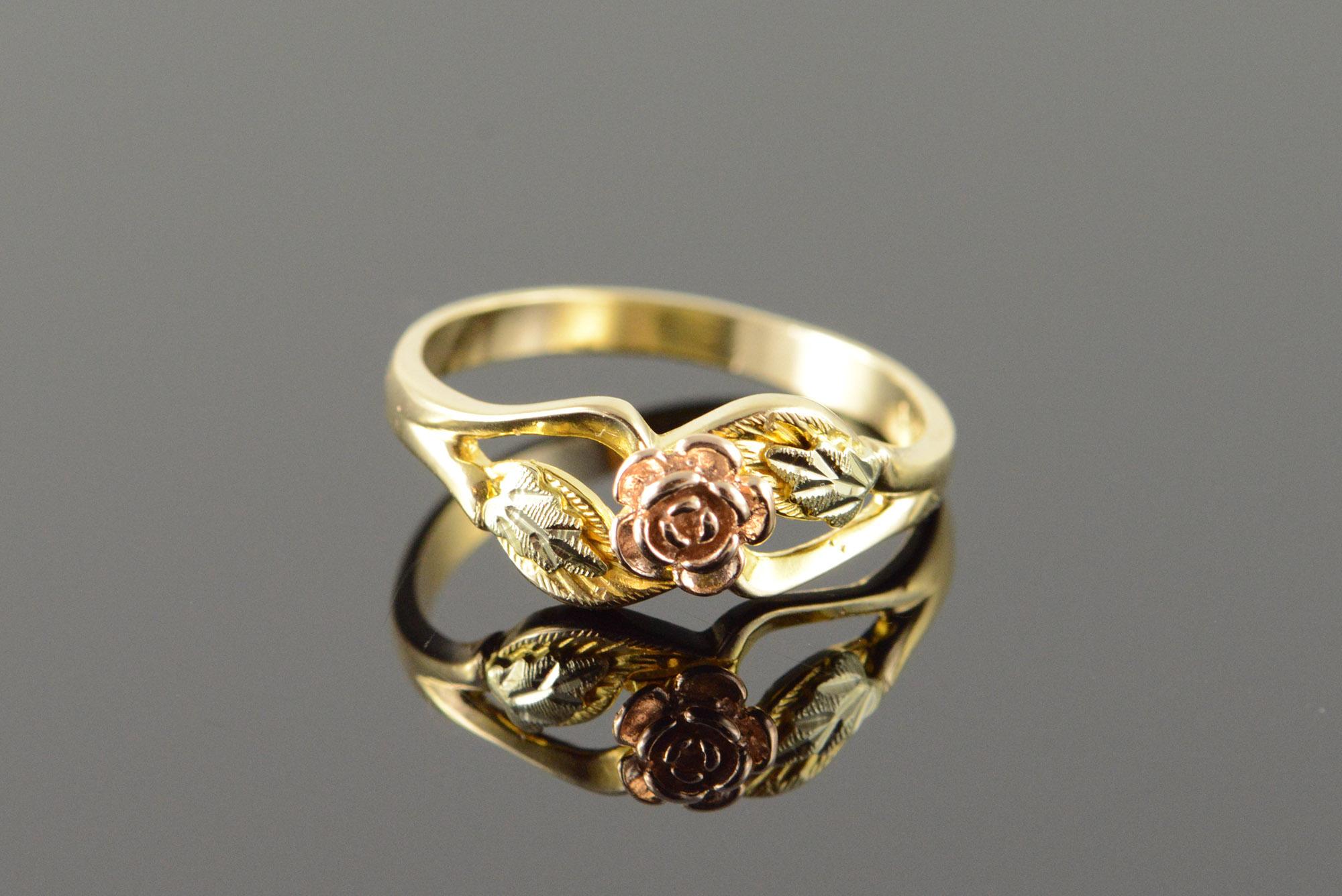 10k 25g black hills tri color rose flower yellow gold ring size 10k 25g black hills tri color rose flower yellow gold ring size 75 mightylinksfo