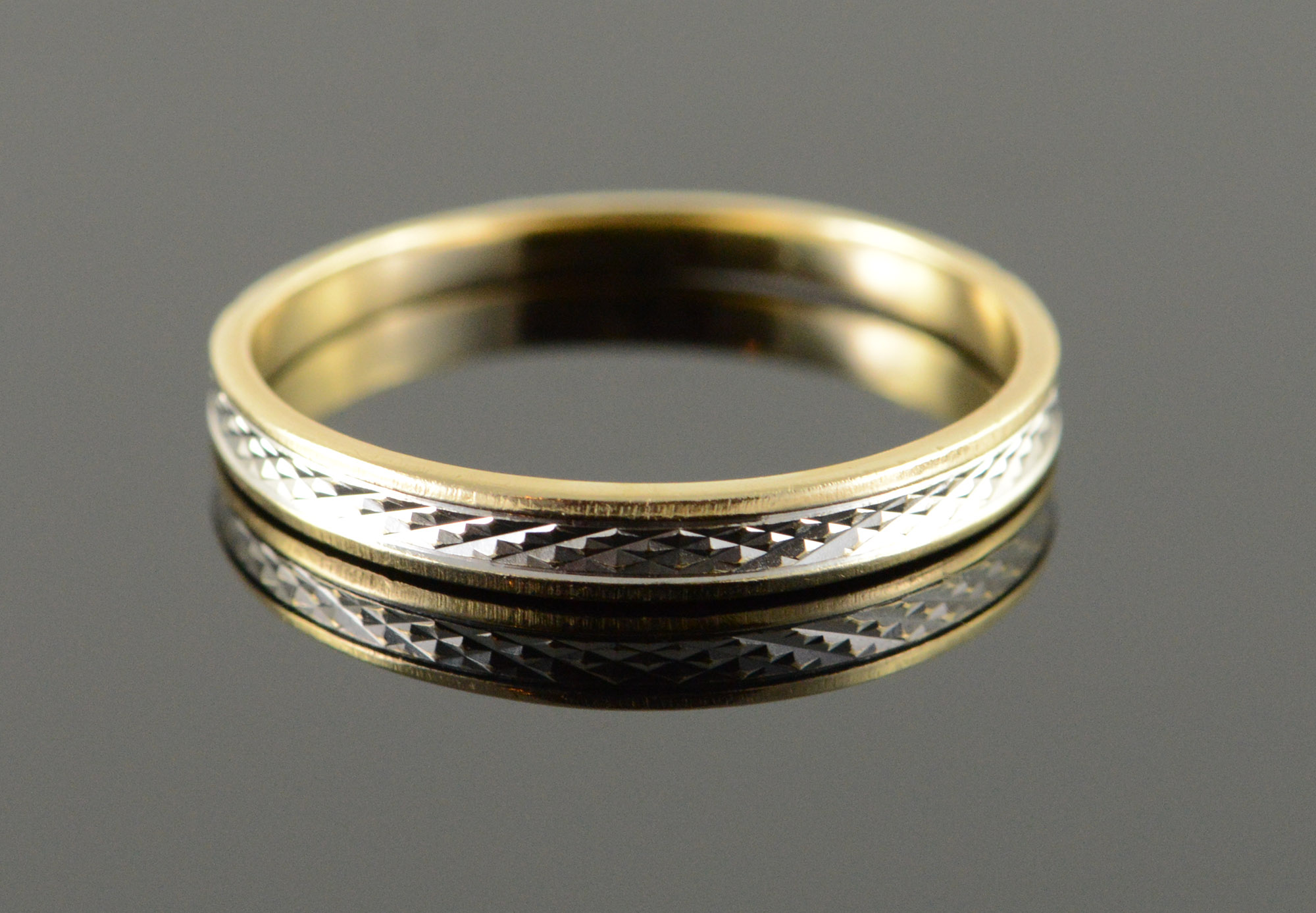 10k Two Tone Textured Vintage Wedding Band Yellow Gold Ring Size 8 75