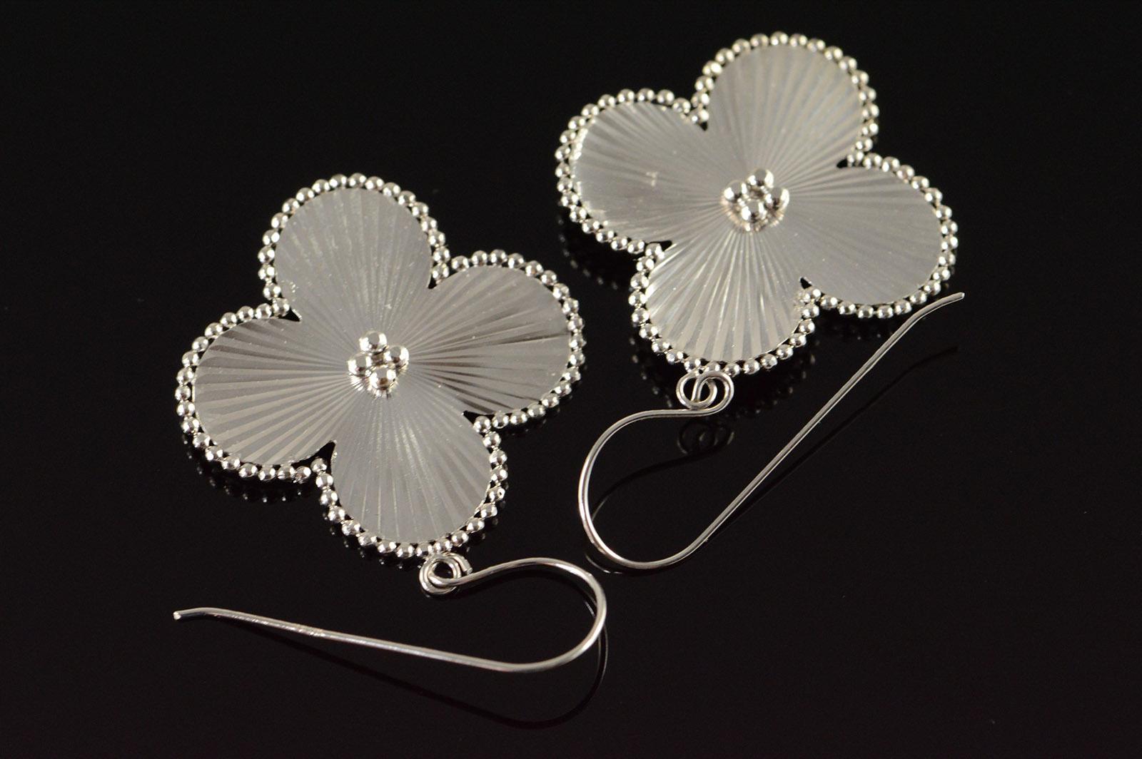 14k 23g Daisy Ball Accented Flower Hook White Gold Earrings
