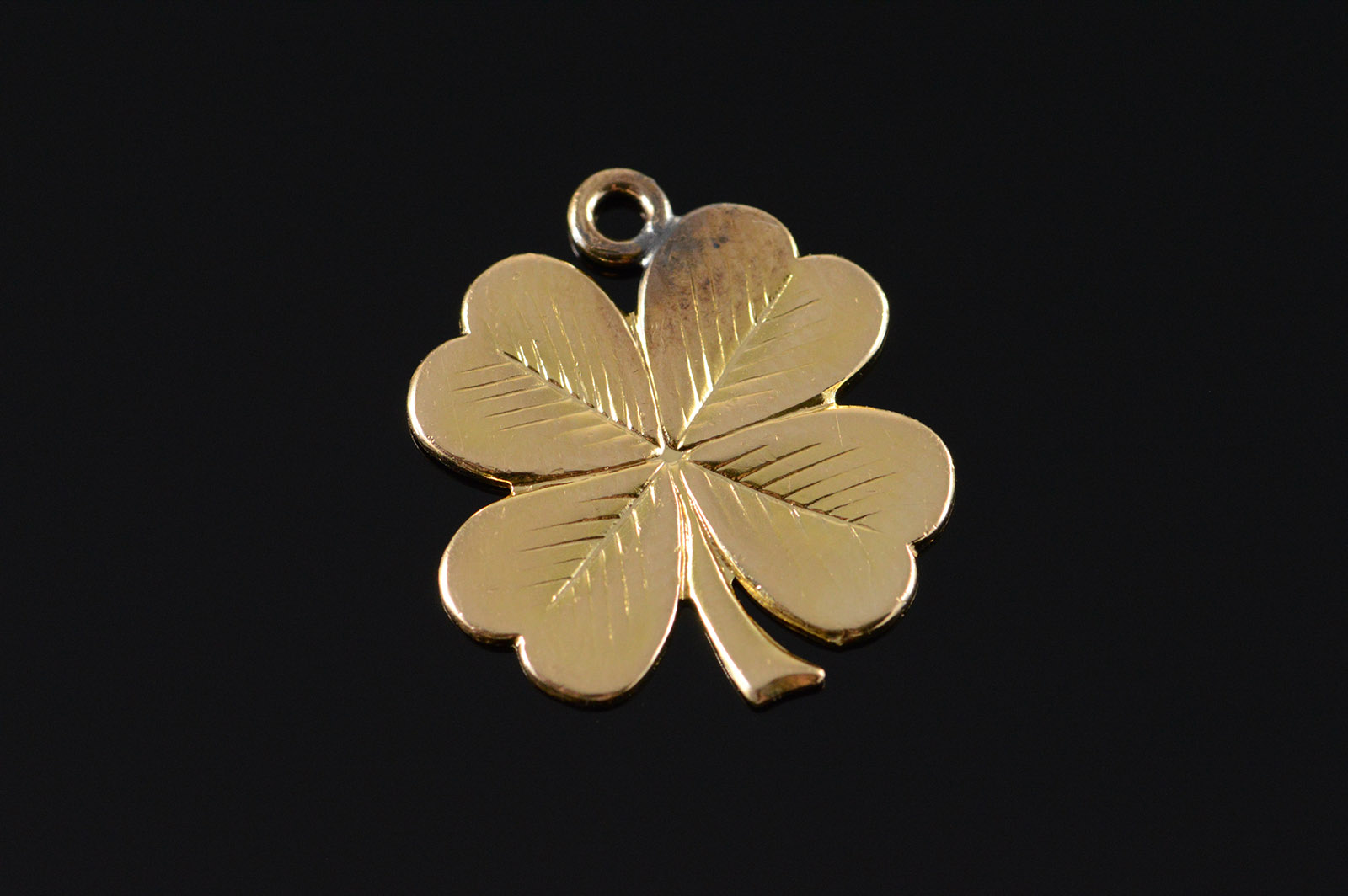 14k 2 4g Engraved Lucky Four Leaf Clover Yellow Gold Charm
